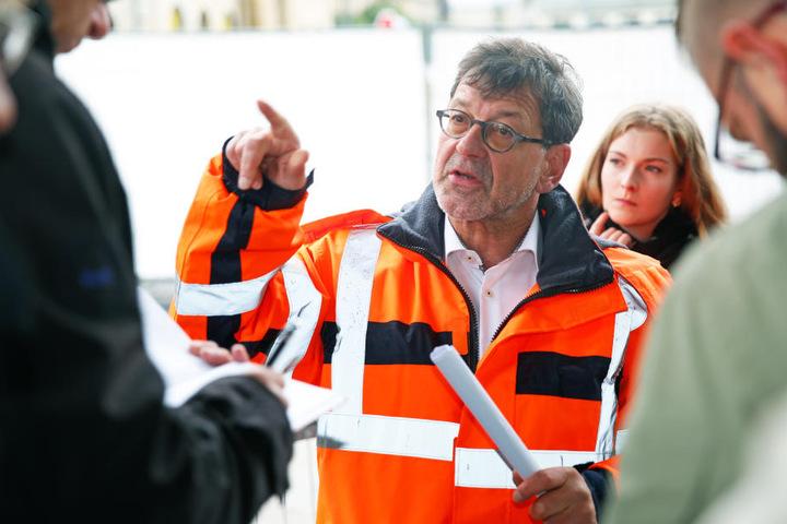Reinhard Koettnitz (61), Leiter des städtischen Straßen- und Tiefbauamtes.