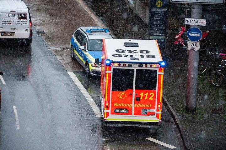 Gegen 15.40 Uhr wurde der Schwerverletzte ins Krankenhaus gebracht.