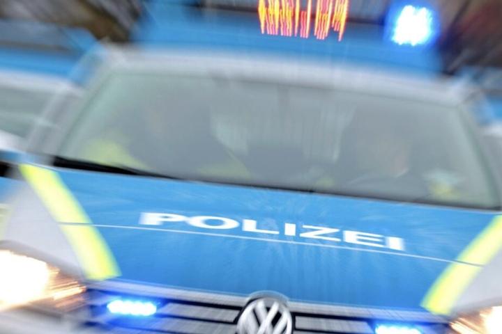 Die Beamten durchsuchten elf Räumlichkeiten in Leipzig und Grimma.