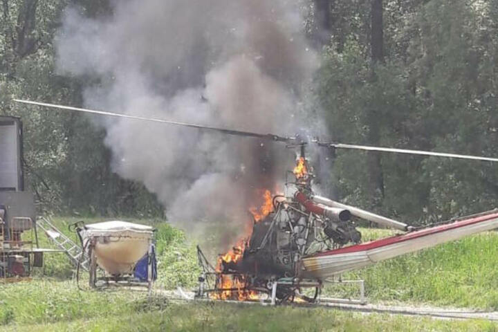 Der Hubschrauber brannte komplett aus.