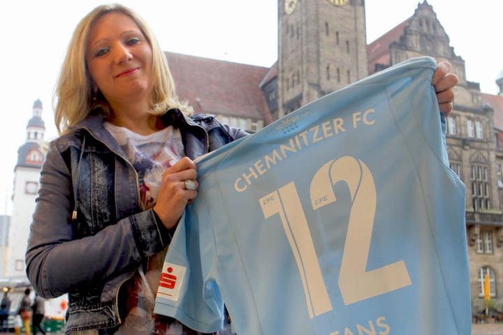 """Fanbeauftragte und SPD-Stadträtin Peggy Schellenberger (40): """"Fans nach  Schock im Rettermodus."""""""