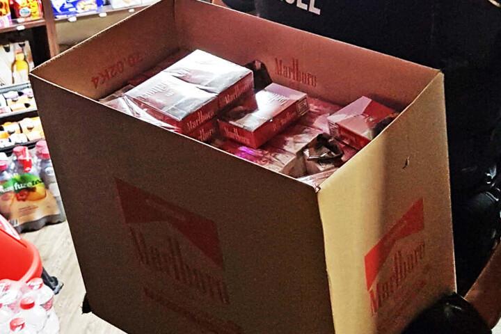 Auch 2700 unversteuerte Zigaretten konnten beschlagnahmt werden.