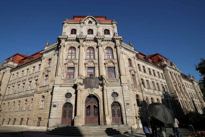 Vor dem Landgericht Bayreuth wird aktuell dem Angeklagten der Prozess gemacht.