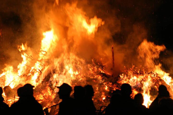 Erleben wir in diesem Jahr das Hexenfeuer im Schnee?