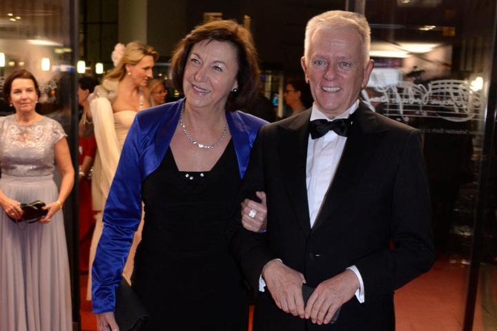 Stuttgarts OB Fritz Kuhn (Grüne) mit seiner Ehefrau Waltraud Ulshöfer (Grüne).