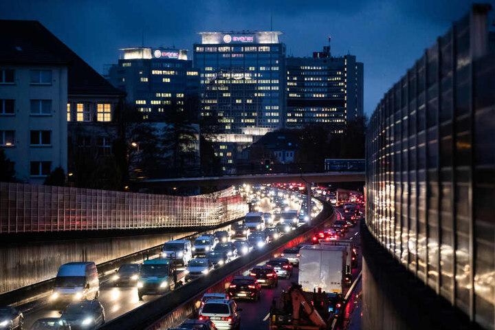 Die Autobahn 40 gehört zu den am stärksten befahrenen Autobahnen des Landes.
