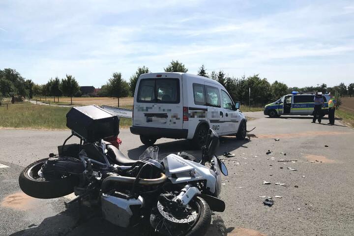 Der Motorradfahrer wurde so schwer verletzt, dass er ins Uniklinikum geflogen werden musste.