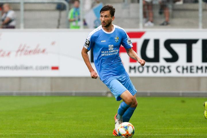 CFC-Mittelfeldspieler Matti Langer hatte sich die Schulter ausgekugelt und fällt ebenfalls beim Auswärtsspiel gegen Zweitliga-Absteiger FC Ingolstadt aus.