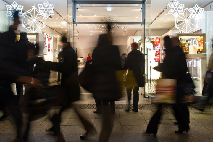 Beim verkaufsoffenen Sonntag könnt Ihr ab 13 Uhr in Herford shoppen. (Symbolbild)