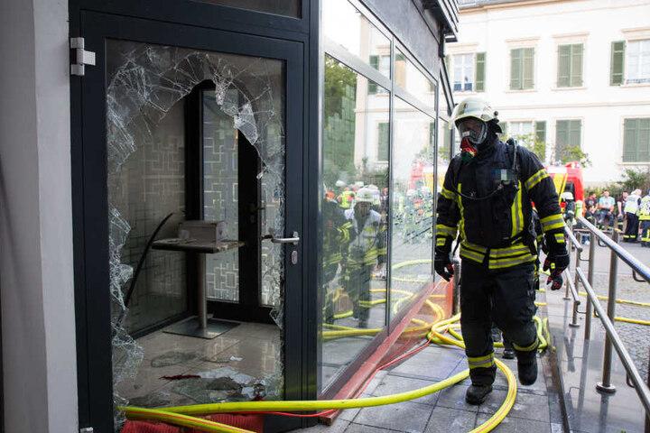 In den Morgenstunden hatte die Feuerwehr den Brand unter Kontrolle gebracht.