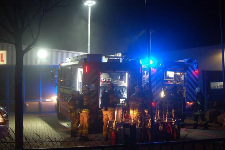 Etwa 25 Kameraden der Feuerwehren Hohnstädt und Grimma rückten am frühen Mittwochmorgen aus.
