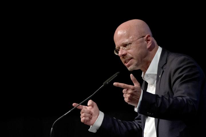 """Andreas Kalbitz hatte Königer am Donnerstag bei seiner Rede in einer Debatte um die Verschärfung des Waffenrechts mehrfach als """"Dead Man Walking"""" bezeichnet."""