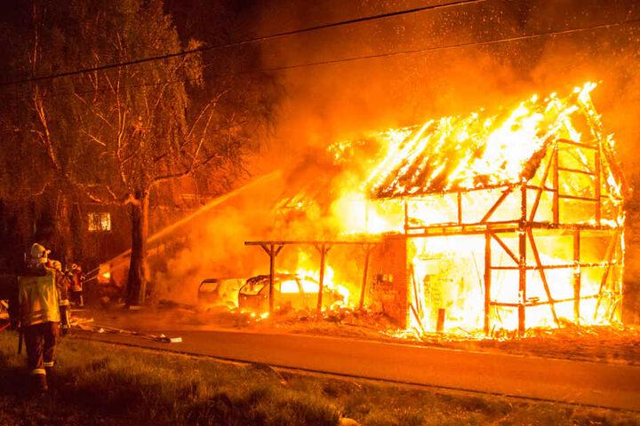 Knapp 80 Kameraden der Feuerwehr waren im Einsatz.