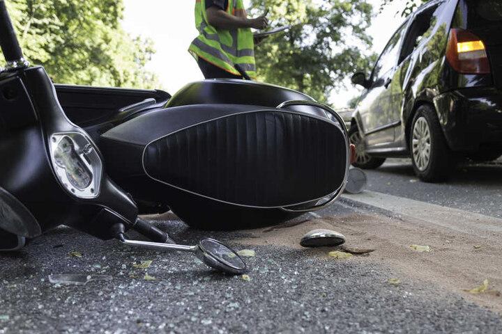 Eine Autofahrerin hatte den Mann übersehen (Symbolbild).