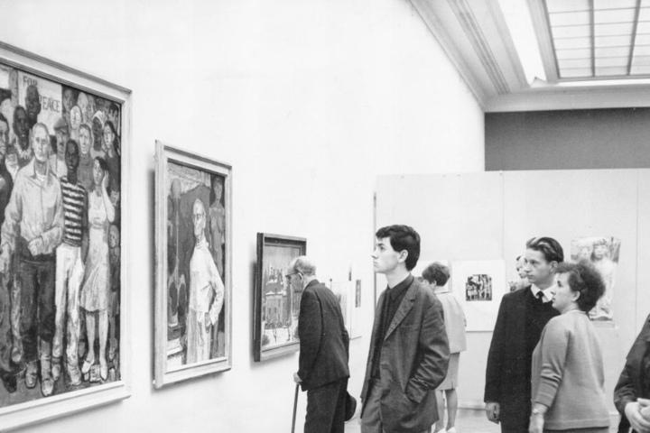 DDR-Kunst (hier im Albertinum 1967) lagert mittlerweile mehrheitlich im Depot. Museumsbesuchern fehlt sie.