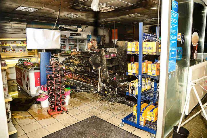 Der Verkaufsraum brannte aus.