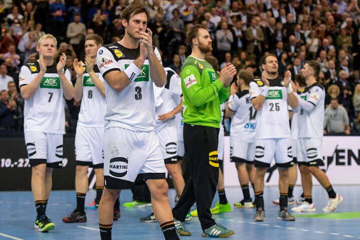 Nach der Niederlage im Halbfinale gegen Norwegen: Die deutsche Mannschaft applaudiert.