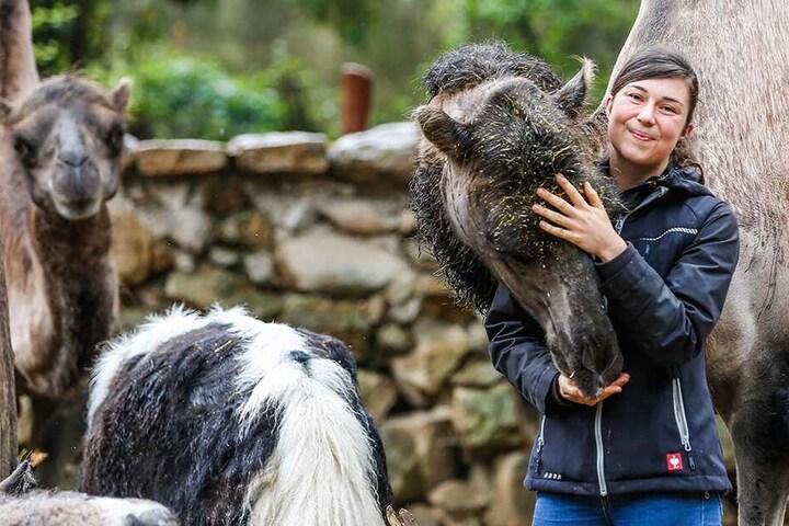 Zoopädagogin Isa Plath (28) weiß: Auch im Tierreich gibt es homosexuelle Beziehungen, die ein Leben lang halten.