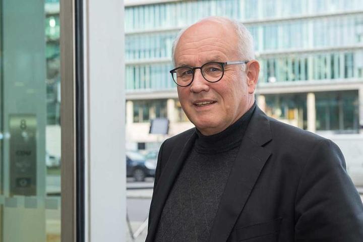 CDU-Fraktionschef Volker Kauder erklärte, dass man aus den Fehlern vom Anschlag auf dem Breitscheidplatz lernen müsse.