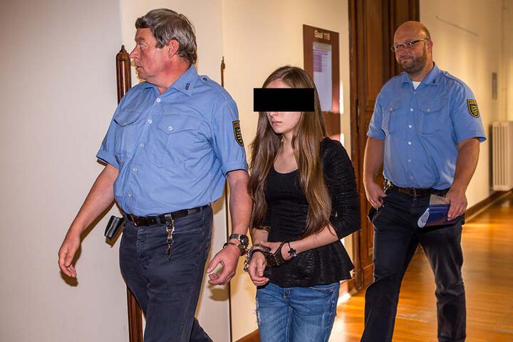 Santa Maria A. (17) hatte früher eine Affäre mit dem Dolmetscher. Sie soll der Lockvogel im Mordfall gewesen sein.