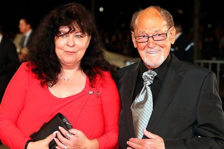 Glückliches Paar: Herbert Köfer (97) mit seiner Ehefrau Heike (57).