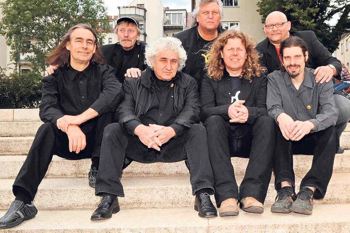 Die Band 2009 beim Fotoshooting. Zwei Jahre später zog sich Norbert Jäger  (2.v.l.) endgültig zurück.