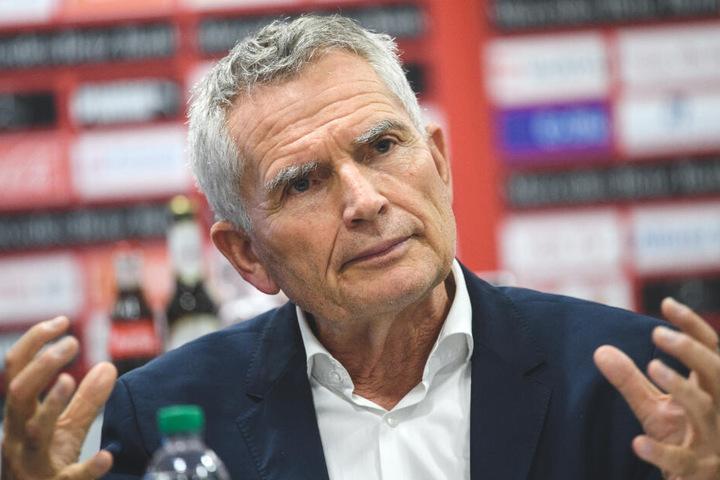 Auch ihn wollen Fans auf Twitter gehen sehen: Vereinspräsident Wolfgang Dietrich.
