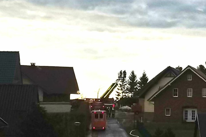 In Küllstedt rückte die Feuerwehr mit 30 Mann aus.