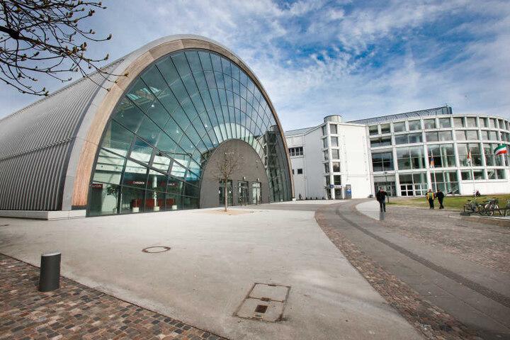 Die Stadthalle Bielefeld ist am Wochenende der Anlaufpunkt für alle Jobsuchenden.