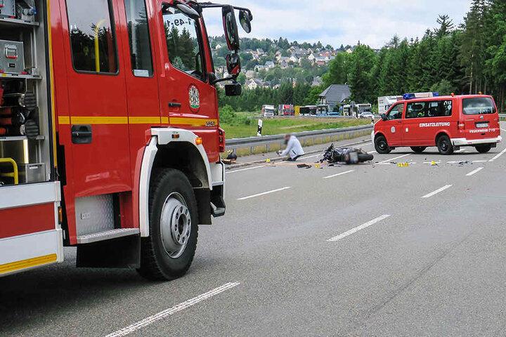 Die B169 musste während der Unfallaufnahme voll gesperrt werden.
