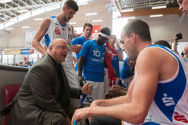Coach Steven Clauss fand diesmal nicht die richtigen Worte, um seinen Basketballern zum Sieg zu verhelfen.