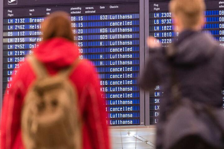 Am Donnerstag und Freitag kam es am Münchner Flughafen zu insgesamt rund 500 Flugausfällen. (Symbolbild)