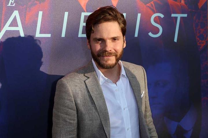 Der Schauspieler Daniel Brühl wird in der Frauenkirche ausgezeichnet.