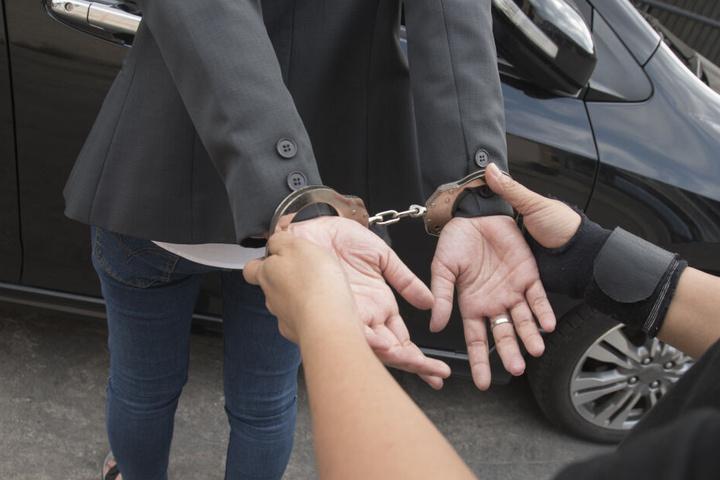 Der Täter wurde festgenommen und verurteilt. (Symbolbild)