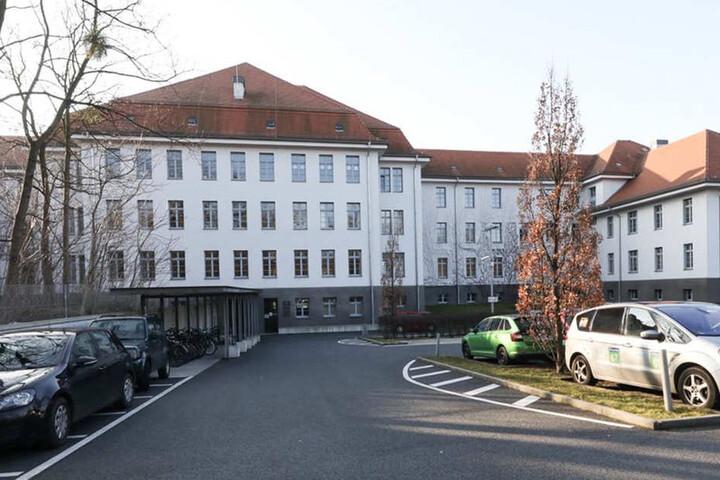 Das Verwaltungsgericht auf der Hans-Oster-Straße.