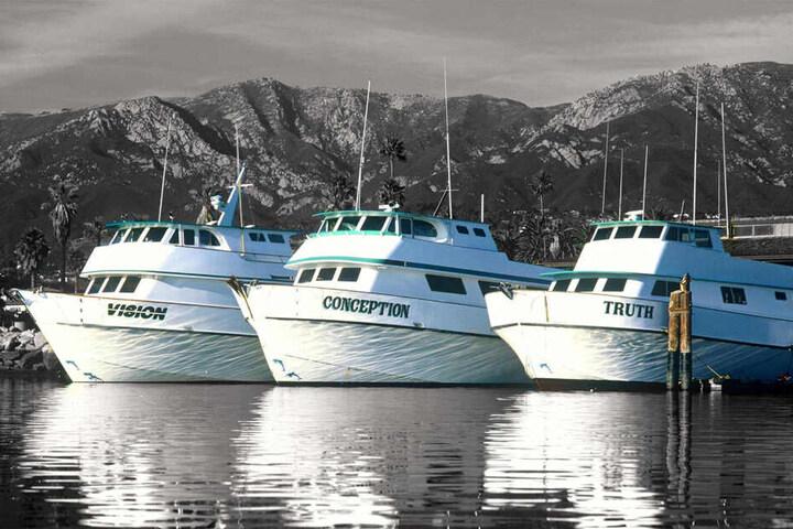 Die Conception (m.) mit ihren Schwesterschiffen.