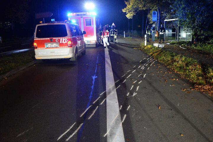 Rettungskräfte, die den Teenagern helfen wollten, wurden dabei von einem Betrunkener behindert.