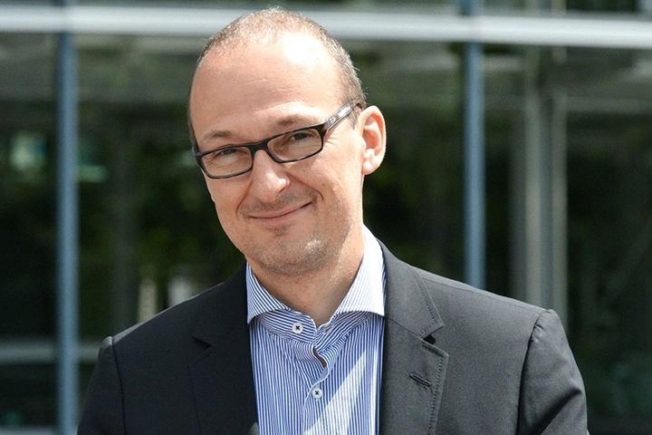 Ruft zum Malwettbewerb auf: Robert Franke (40), Chef der Dresdner Wirtschaftsförderung.