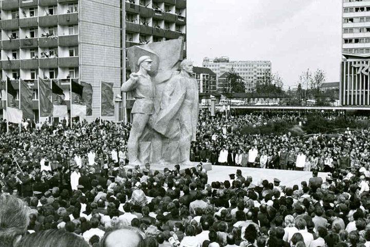 """Soll """"Lenin"""" wieder nach Dresden kommen? Die Stadt diskutiert."""