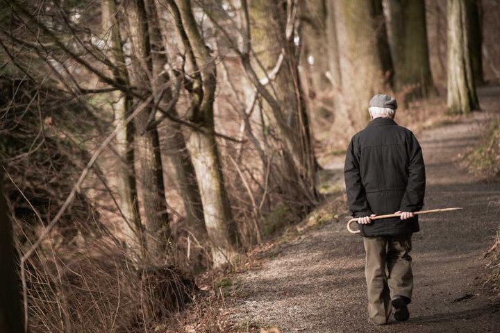 Der Rentner hatte sich offenbar verlaufen (Symbolbild).