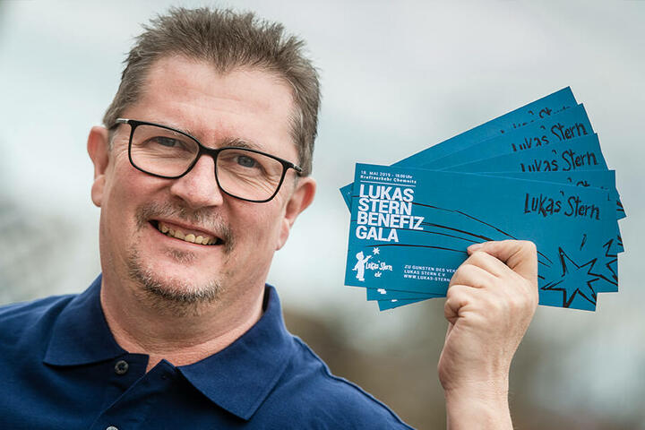 Christian Frank (55) wirbt für die Benefizgala, die weitere Herzenswünsche erfüllen soll.