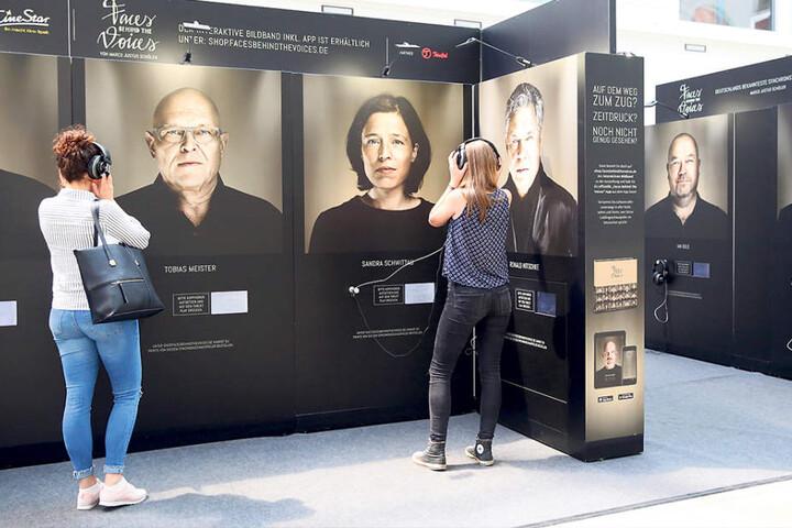 30 Synchronsprecher zeigt die Ausstellung im Hauptbahnhof.