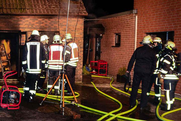 Die Wohnung im Erdgeschoss brannte lichterloh.