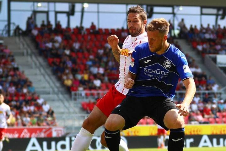 Bis zu seiner Verletzung zeigte der Innenverteidiger eine starke Leistung gegen Regensburg.