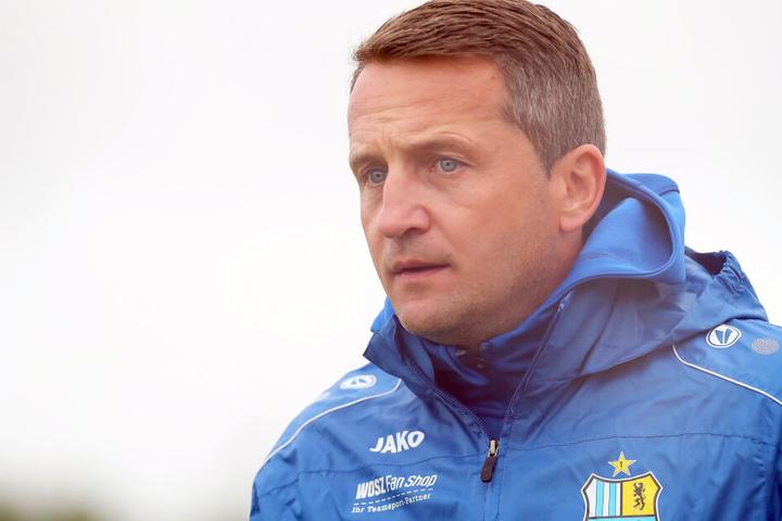 CFC-Geschäftsführer Thomas Sobotzik musste Daniel Frahn entlassen.