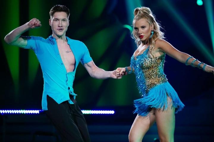 """Evelyn Burdecki (28) und Evgeny Vinokurov (30) ertanzten sich bei """"Let's Dance"""" Platz fünf."""
