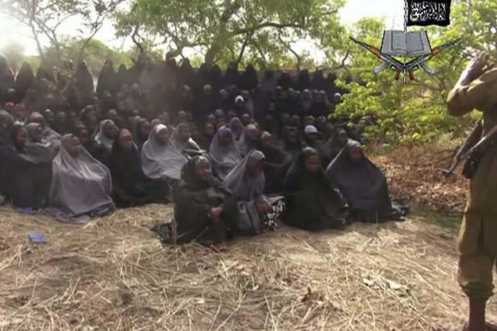 Ein Ausschnitt aus einem Video, das von den islamistischen Kämpfern verbreitet wurde. Instgesamt 276 Mädchen wurden verschleppt.
