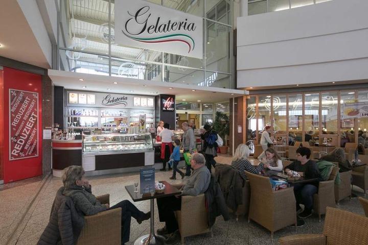 Die Gastroflächen im KaufPark sollen sich künftig vervierfachen. Hier das  italienische Eiscafé.