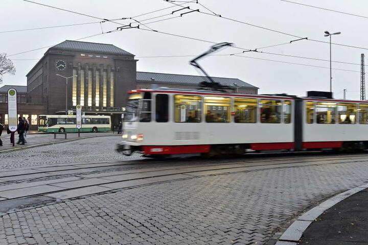 Die Tram-Linie zum Hauptbahnhof wird nun ausgebaut.