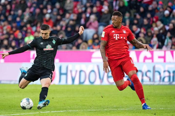 Machte insbesondere gegen Werder Bremen und Milot Rashica keine sonderlich gute Figur und musste zur Halbzeit vom Feld: Jerome Boateng.
